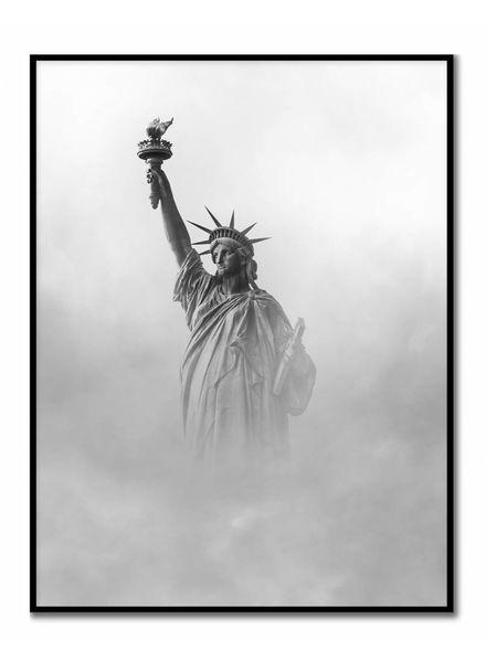 livstil Statue im Nebel