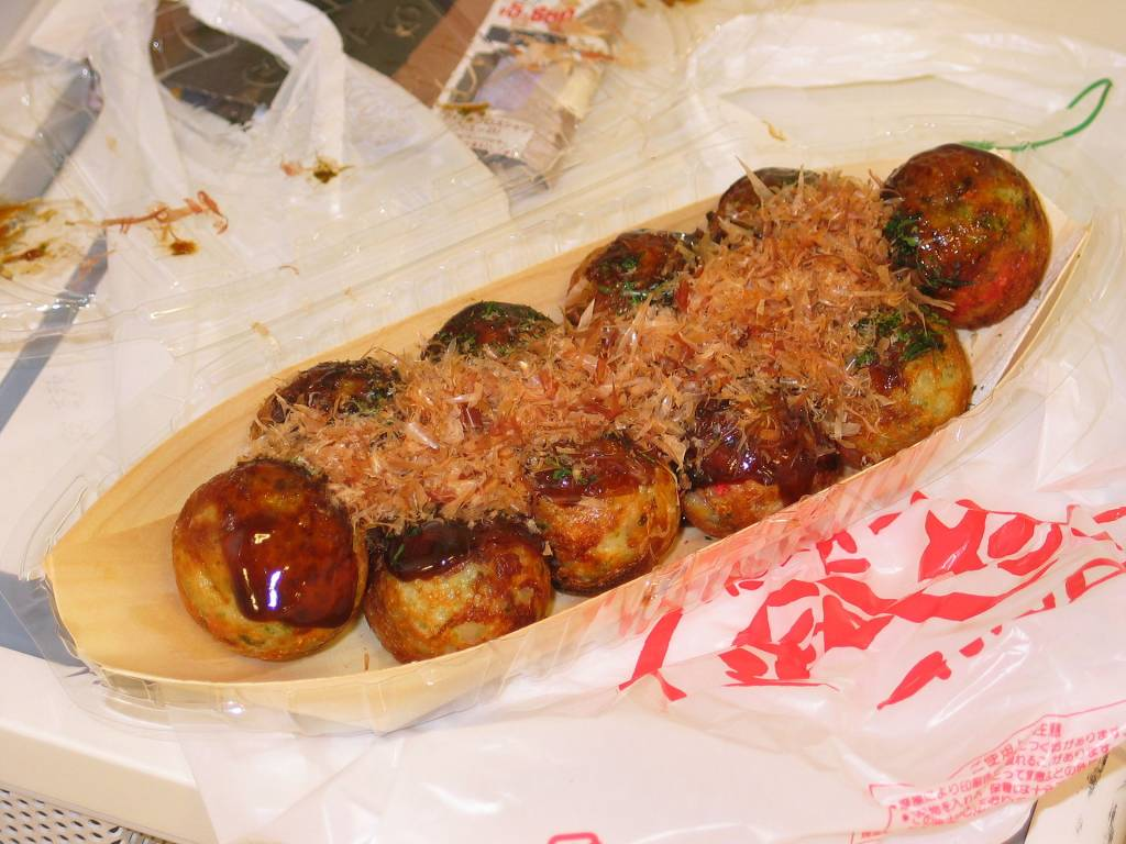 Street Food Tour in Osaka (Dōtonbori district), Japan
