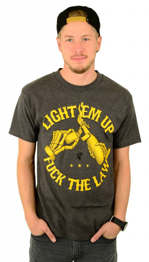 Famous Stars and Straps Light em up T-Shirt Charcoal Heather