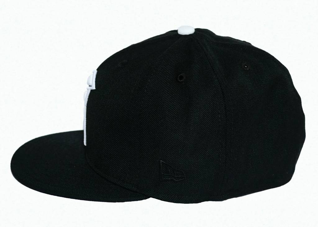 Famous Stars and Straps Cross Up New Era Cap Black/White