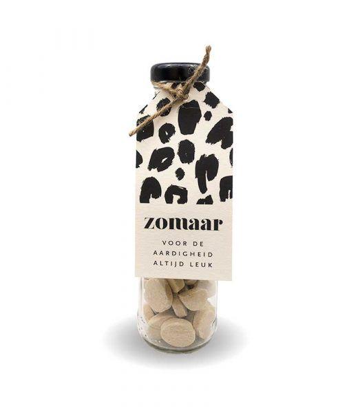 Cadeau flesje met snoepjes - Zomaar