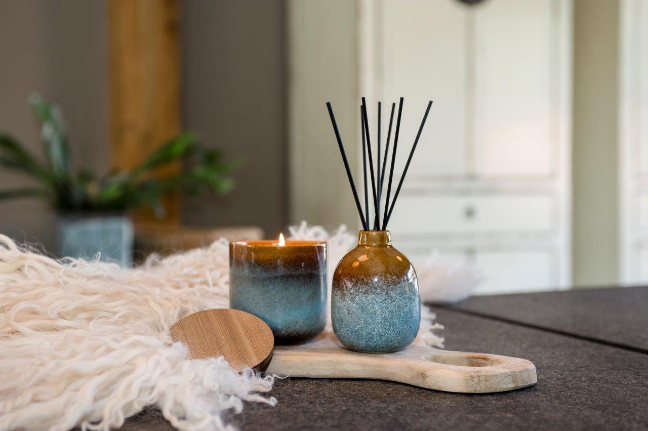 Luxe ceramic geurstokjes geur: Ceder, patchoeli en sandelhout