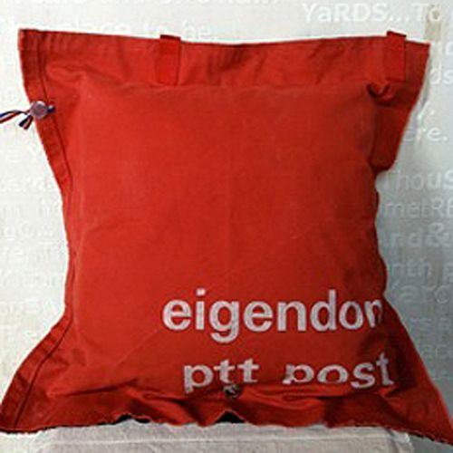 Stapelgoed Stapelgoed kussen PTT post Rood