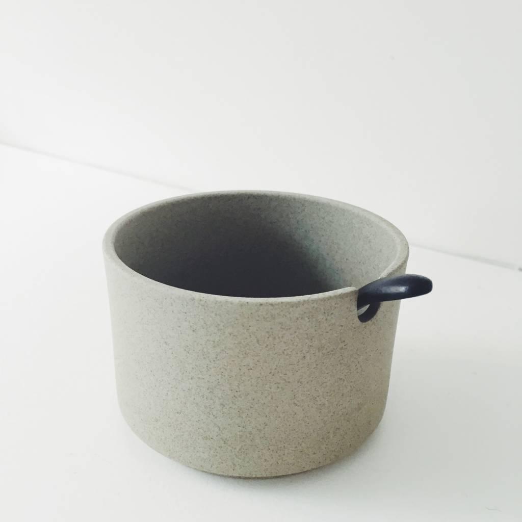 5115e714eb1 Hasami Porcelain Coffee Dripper - Pantoufle
