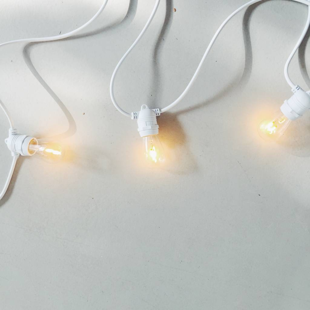 Light string in white 10 meters with 10 LED bulbs