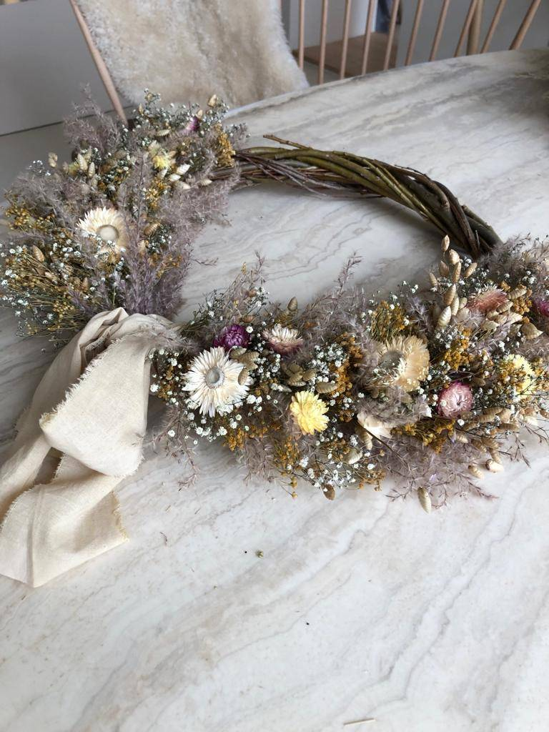 Raket & Distels Small wreath dried flowers and grasses with ribbon - Copy