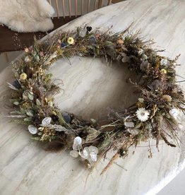 Raket & Distels Wreath of dried flowers and grasses - large