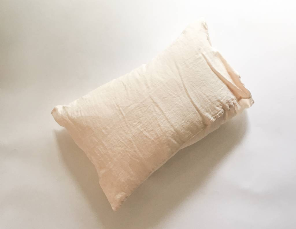 Linge Particulier  Cushion Cover Eggshell Washed Linen 50 x 70 cm