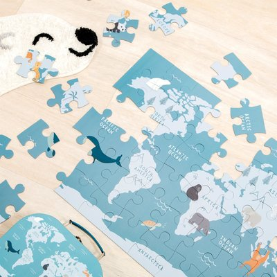 Sass & Belle Puzzle in case Endangered Animals