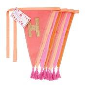 Talking Tables Wimpelkette Stoff We love Birthdays pink bestickt