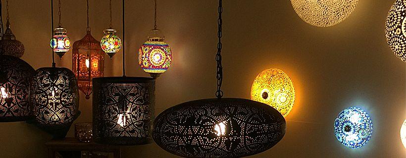 Wonderbaarlijk Betoverende sfeerverlichting met oosterse lampen - Merel in Wonderland YS-72