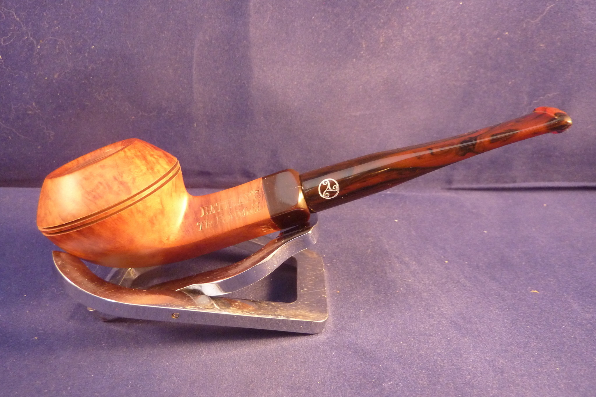 Sold Smoking Pipe Rattray's The Fair Maid Light 134