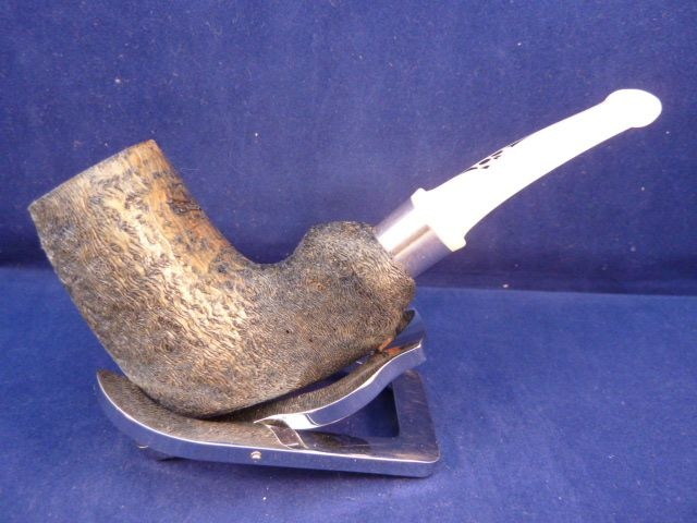 Sold Smoking Pipe Roger Wallenstein Jolly Roger Driftwood