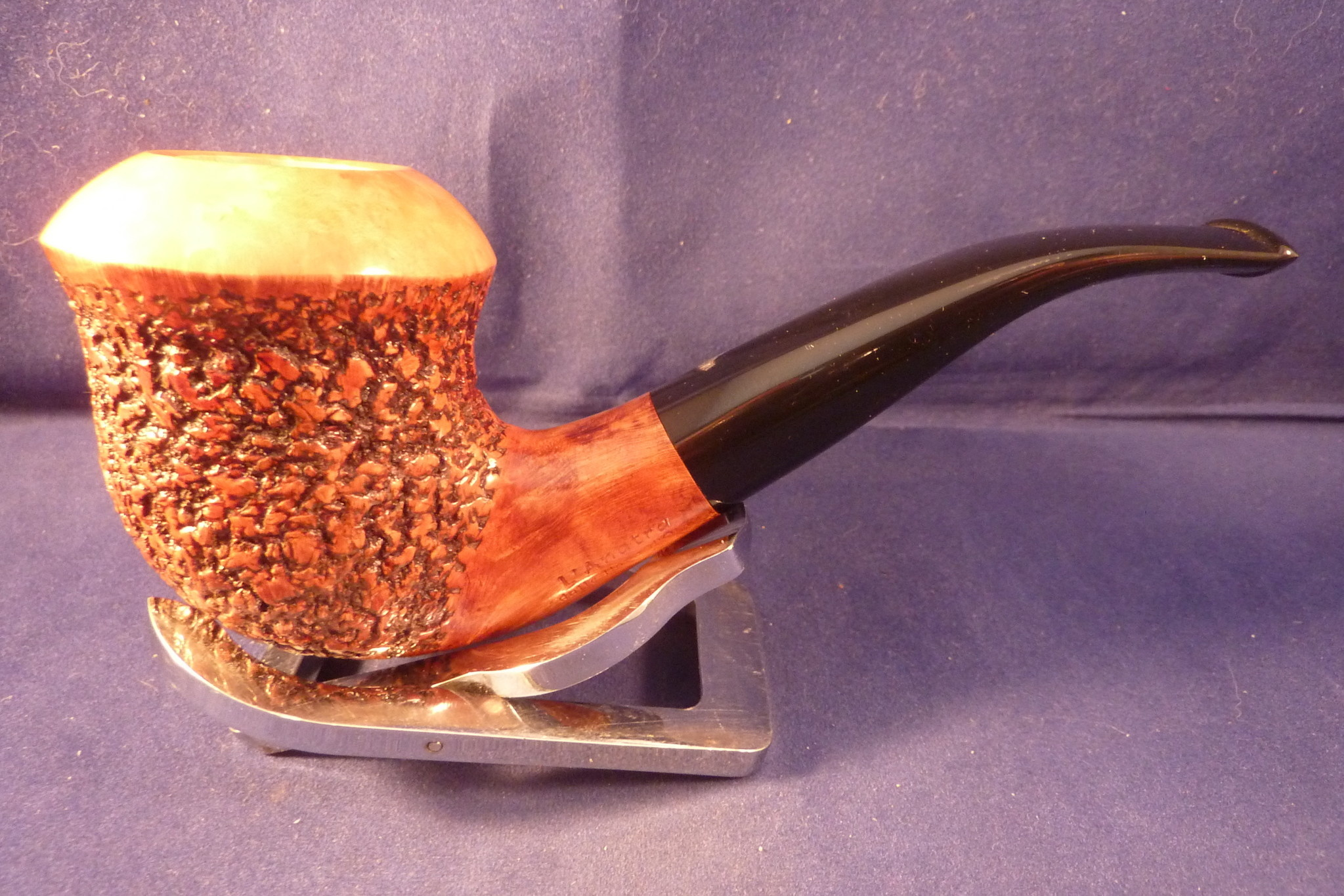 Sold Smoking Pipe L'Anatra Rusticated