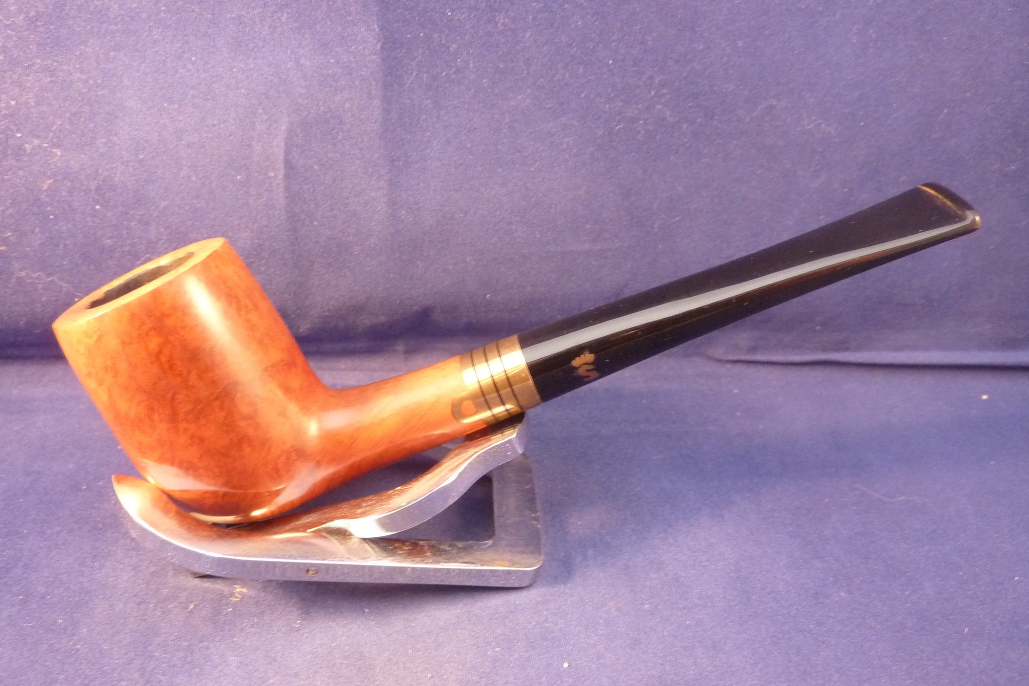 Sold Smoking Pipe Stanwell Admiral 29