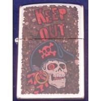 Aansteker Zippo Keep Out Pirate Skull