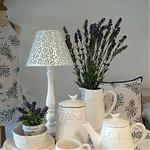 BDL - Bouquet de Lavande - geruite stof in combinatie met lavendel stof, mooi afgebiesd.