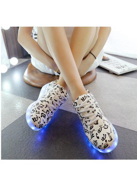 Trimodu LED Schuh B06