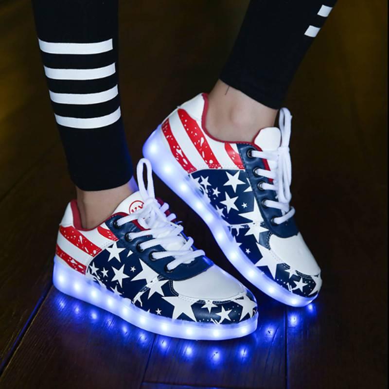 776cd2aae6a9f4 Trimodu LED Schuh amerikanischer Style ...