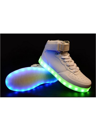 Trimodu LED Schuh mid cut white