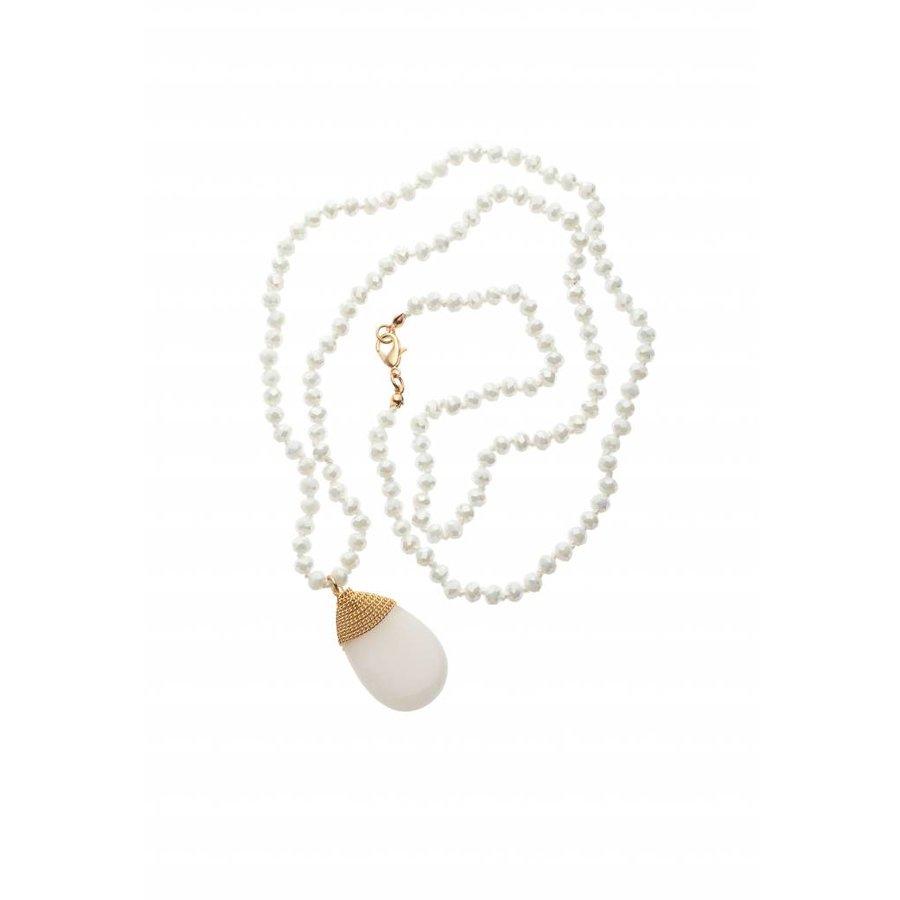 Goldfarbige/Weiße Halskette-1