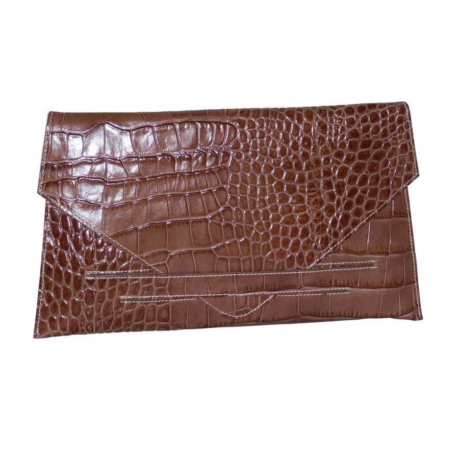 Braune Leder Clutches mit Croco Muster-1