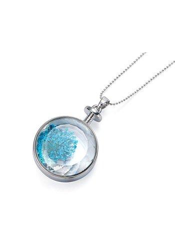 Intrigue Silberfarbig/Blaue Halskette mit Trockenblumen