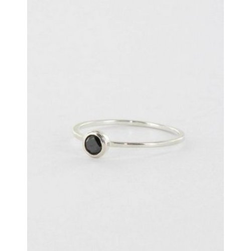 Ring dot Black & Silver