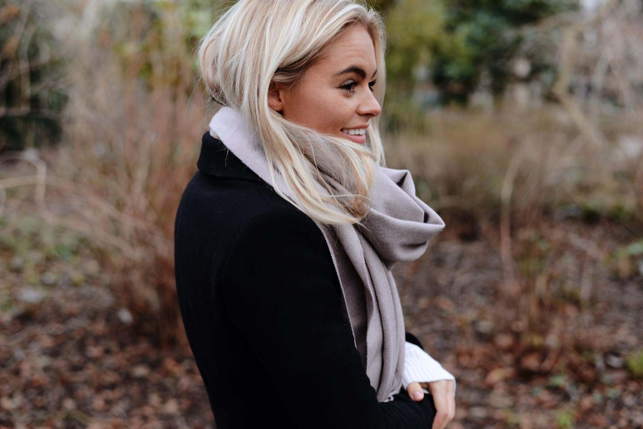 Grote wollen sjaal acne studio