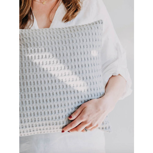 Moes & Griet Cushion Stone | Waffle