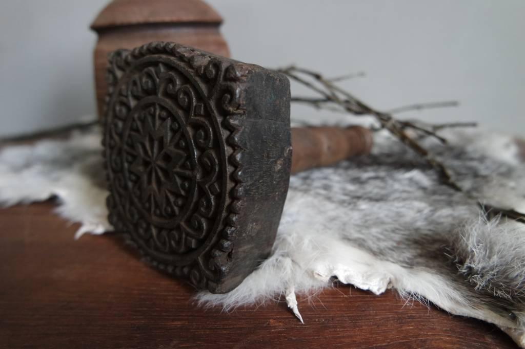 Authentieke batikstempel met handvat