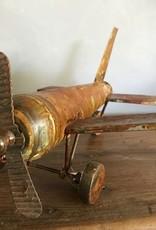 Metalen vliegtuig ROEST