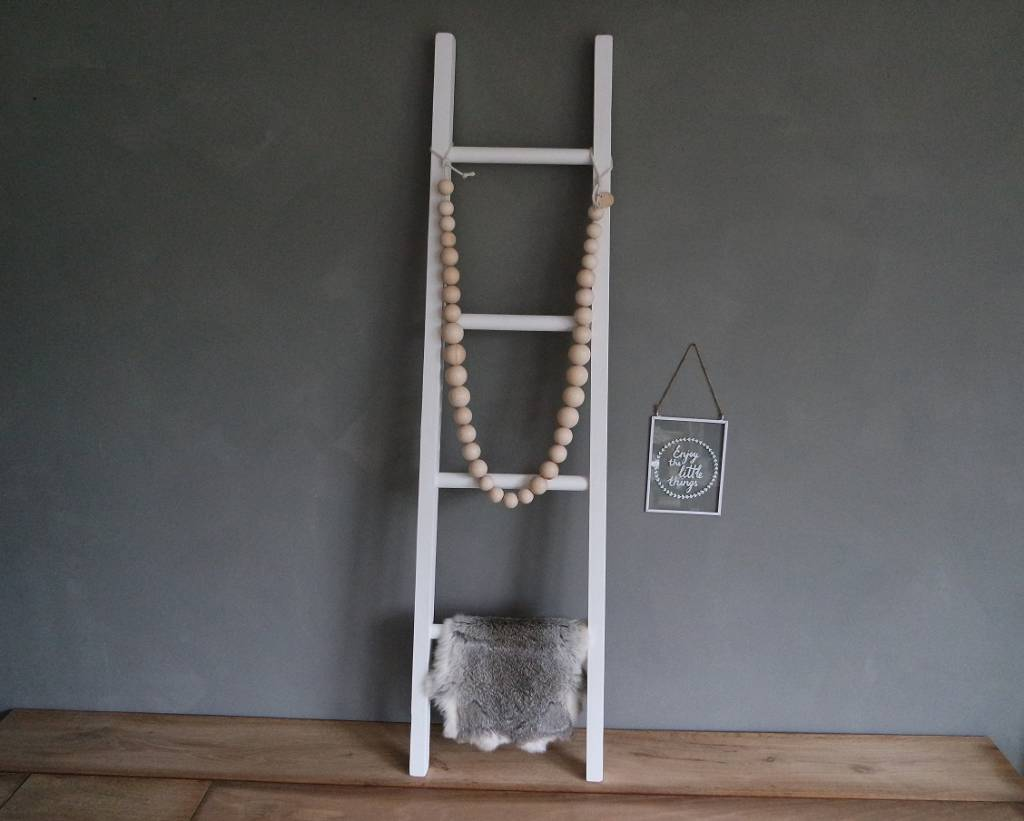 Ladder wit smal