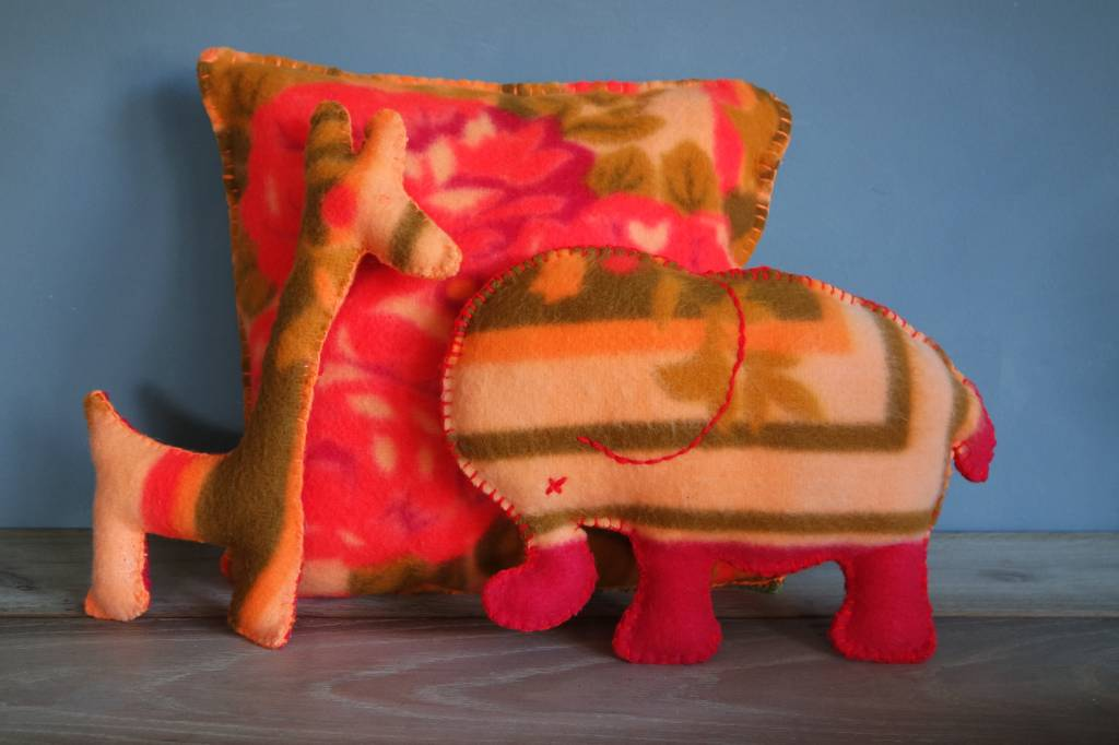 JGhomedeco Olifant oude deken kleur