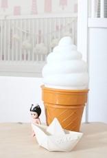 Petit Monkey Ice cream lamp wit