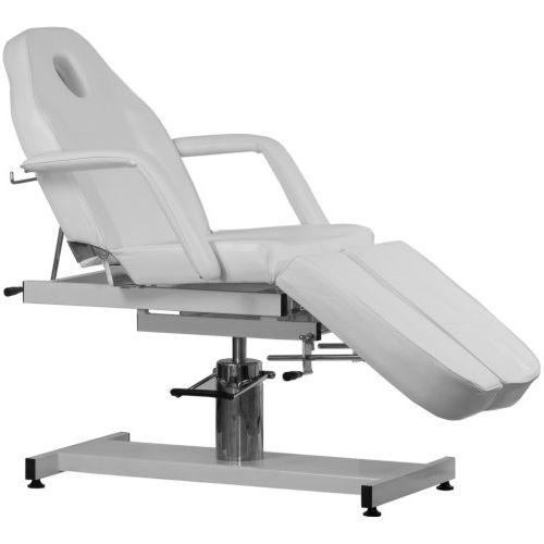 Pedicure stoelen kunnen tegen meerprijs en in overleg gemonteerd geleverd worden!