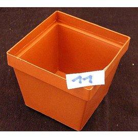 Square pots clay colored 9,7 x 9,7 x  8,4 cm