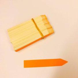 Labels orange