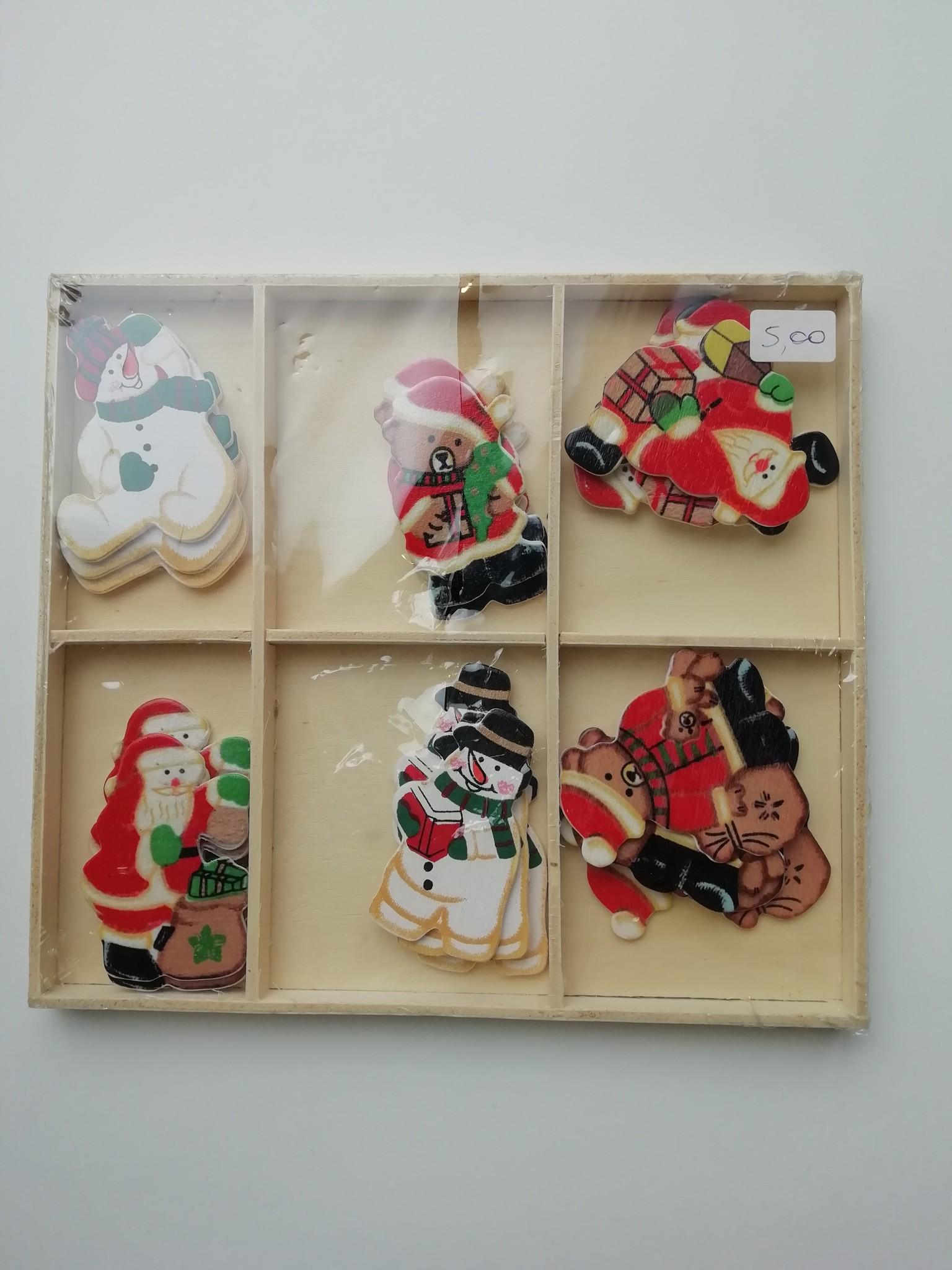 Set kleine houten kerstfiguren 24 stuks