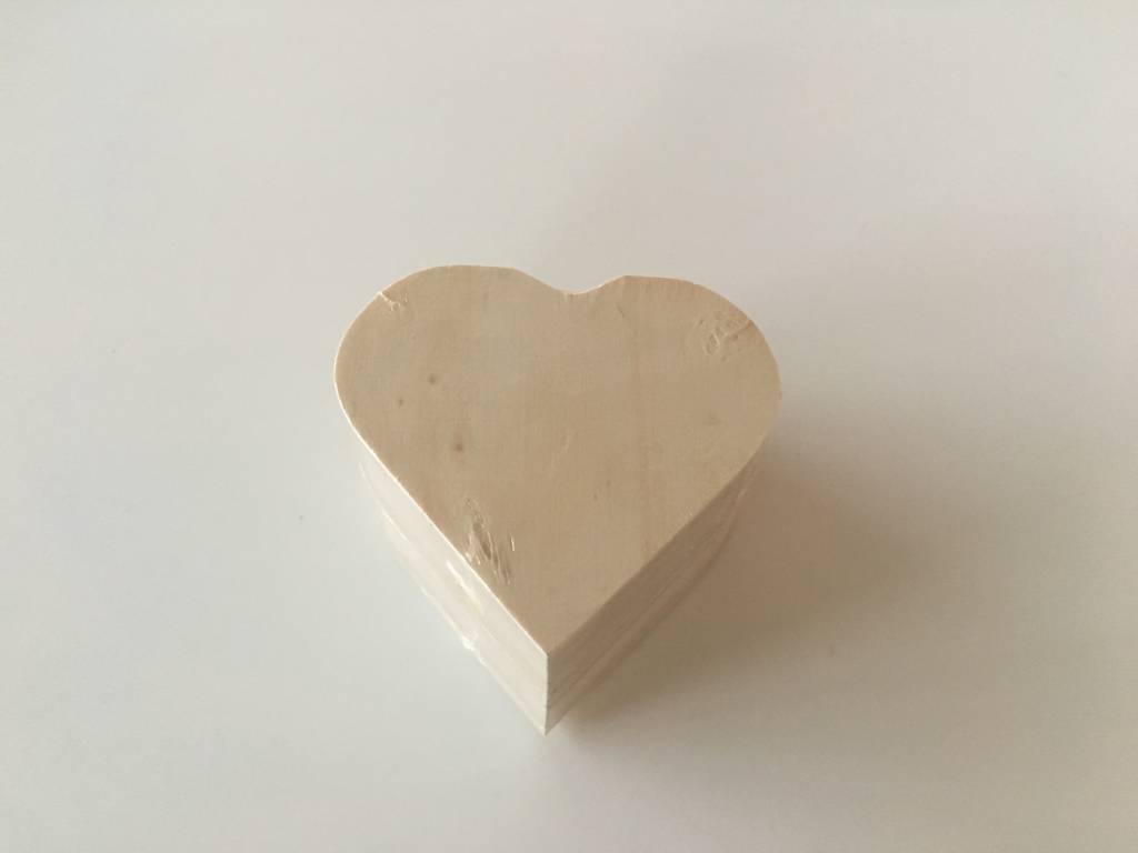Houten doosje hartvorm
