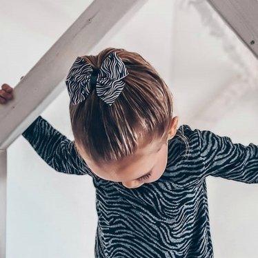 Your Little Miss Haarspeldje met strik large zebra