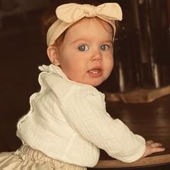 Your Little Miss Baby haarbandje met knoop gold