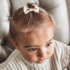 Your Little Miss Baby hair clip taupe
