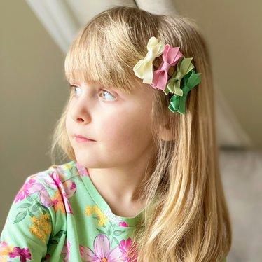 Your Little Miss Set Haarspangen mit pastellfarbenen Schleifen