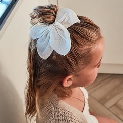 Your Little Miss Hair clip with bow large cream linen