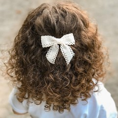 Your Little Miss Hair clip with bow large coconut lace