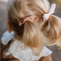 Your Little Miss Setje van 2 kleine elastiekjes met strik powder pink