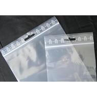 Druckverschlußbeutel, 70 x 100 mm, 50 my, transparent, unbedruckt, mit Eurolochung oberhalb des Druckverschlusses (1 VE = 1.000 St.)
