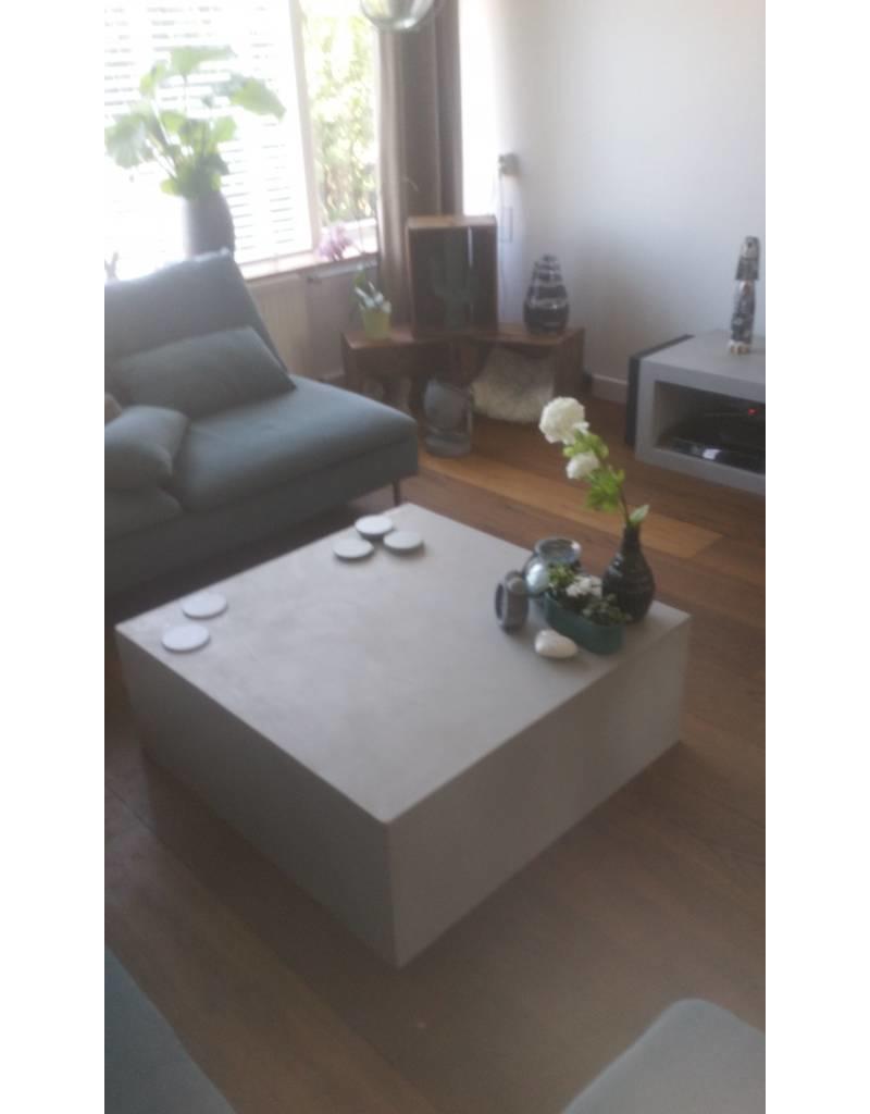 Hocker 100x100/110x35 - Boncreat Beton Ciré
