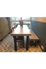 Stalen tafelpoot vierkant RECHT - 100x100 mm